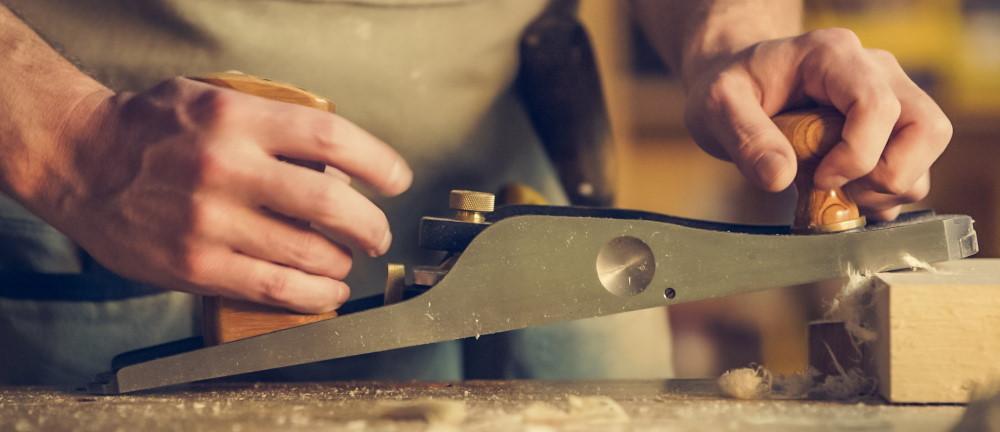 Maak een eigen houten plantenbak met de handige tips van Houtenplantenbak.nl